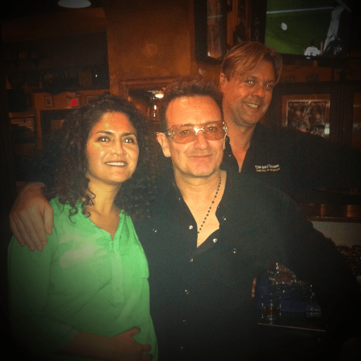 Bono gets photo bombed by local Long Beach man