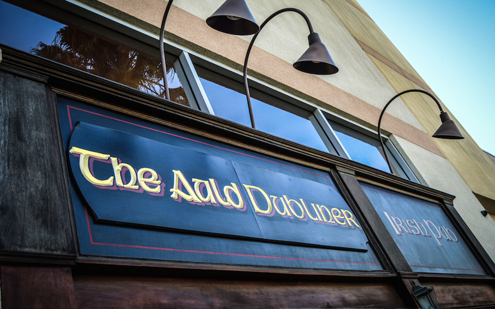 The Auld Dubliner Long Beach Irish Pub